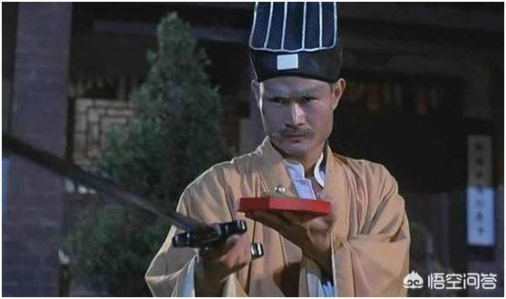為了防止拍鬼片入戲太深,林正英在拍片時都有哪些奇怪的規定?