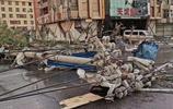 實拍災後開原:整座城如垃圾場,市民上街買早餐,稱生活還要繼續