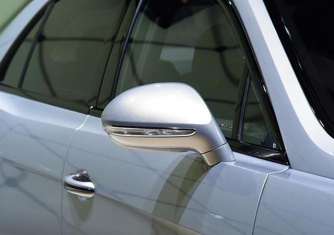 汽車圖集:賓利-飛馳