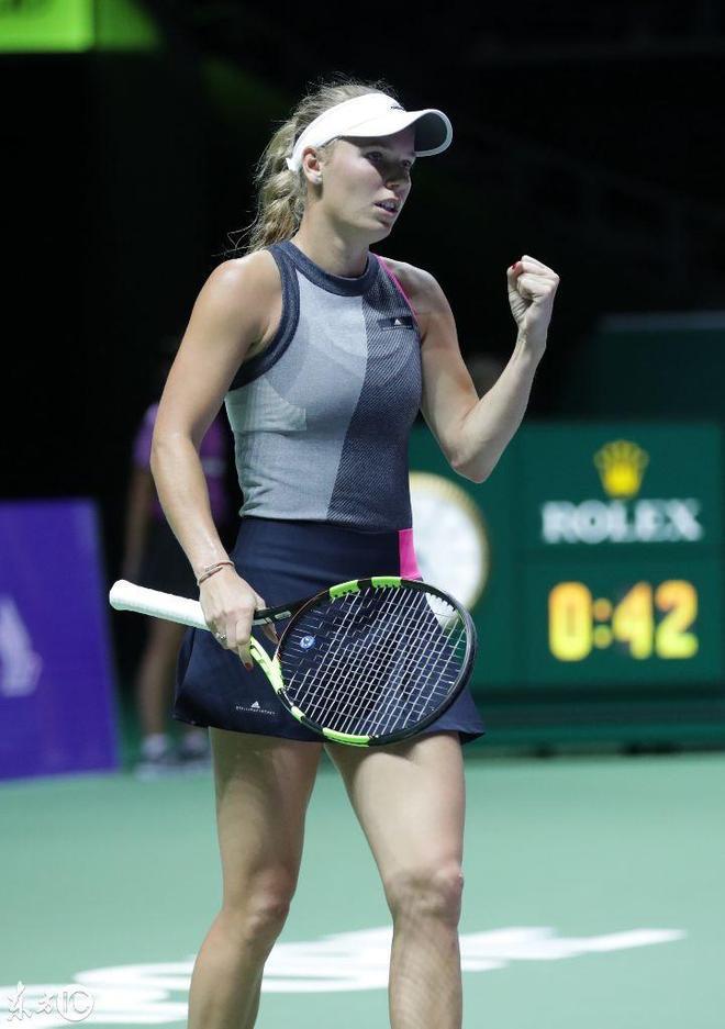 這個厲害了,攝影師在新加坡女子網球賽事上現場抓拍圖!