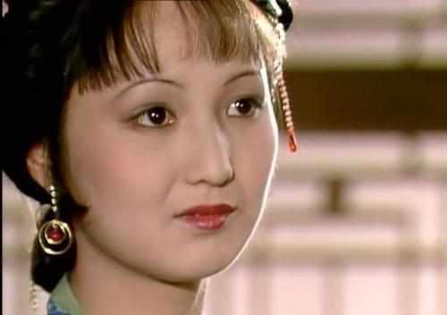 紅樓夢:王熙鳳為何臨死前都不願提拔平兒為姨娘