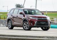 30萬預算買7座SUV 10個人中9個會選這臺車 難怪被稱作標杆車型