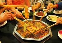 """韓國人秀當地""""火鍋"""",被中國人一張圖打臉,網友:你這是麻辣燙"""
