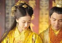 妃子因病被趕出皇宮,8年後再進宮成為皇后,皇帝死前說唯獨殺她