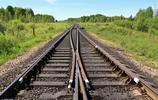 耗資780億,時速250,全長632.6公里!是世界第一條山區高速鐵路