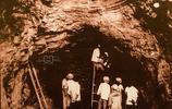 2000年前的西漢古墓發掘現場老照片,這裡出土了第一件金縷玉衣!