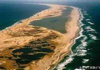 史上最恐怖島:不長一棵樹不落一隻鳥,到那船就沉,二百年無例外