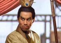 此人才是三國第一戰神,戰呂布150回合鬥馬超220回合而不敗!