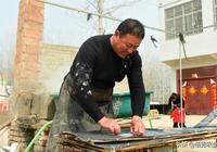 農村大哥厭倦打工生活,回家鄉製作土特產,年掙50000元挺滿足