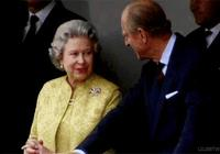 英國女王也是珠寶界當之無愧的女王,快來開開眼界吧!