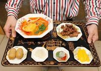 10幾種到廈門必吃的小吃,來這一次吃全,千萬裝修享受宮廷定食
