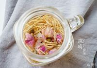 玫瑰金銀花茶的做法