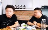 岳雲鵬也是靠著他,如今成為德雲社一哥,把謝楠給捧得像相聲奇才