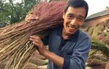 山西:一個村子村民學會編織掃帚 脫貧致富奔了小康