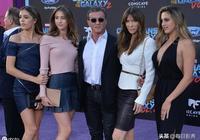 史泰龍的三個女兒,顏值最高的是她!基因太強大了