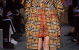 Burberry2019秋冬高級成衣,看來今年秋冬的流行色是它沒錯了!