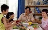 (家有兒女)劉星一家怎麼有錢的,13年了,沒幾個人能吃得起!