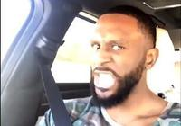 帕特里克-帕特森車內對口型展示說唱功力