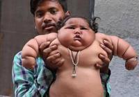 印度新手爸爸寵女兒沒底線,1歲吃成胖墩:養不起了