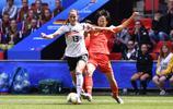 足球——B組:中國隊對陣德國隊