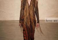 設計師突發靈感,讓36歲凱特王妃變超模,走上T臺找尋不同風格