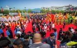 舞龍是中華民族傳統文化,各地都有自己特色,來看看寧波人怎麼舞