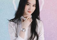 被劉亦菲新照驚到了,簡單裝扮卻氣場十足,是不是真美女一目瞭然