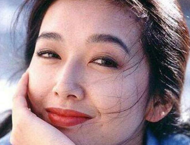 她是當紅女星, 究竟有多大法人美麗讓張嘉譯為她推戲