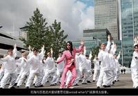 領先一個時代的營銷傳奇!開ktv起家,做出中國最牛武俠網遊!