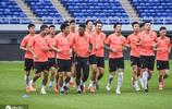 廣州恆大淘寶備戰訓練 埃爾克森參與球隊合練笑意盈盈