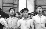 老照片,1948年上海交通大學學生組織的反美示威遊行。