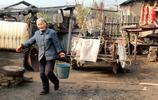 實拍:中俄邊境荒蕪村落裡最後一個人,沒有水電卻要守一輩子