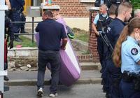 """法國警察驅趕欠費租客致死:人被拖著走,兩次喊""""難受"""""""