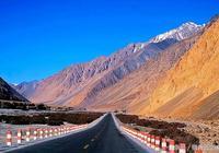 新疆紀行第二站——翻越險峻的喀喇崑崙山,晴空如洗!