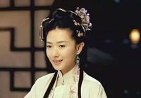 她本是街頭賣藝的孤女,二嫁成為皇后,身穿龍袍攝政,卻不提稱帝
