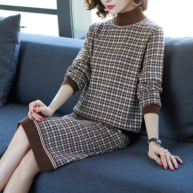 """冬天也能穿漂亮的裙子,這幾款""""針織裙"""",胖瘦都能穿,時尚保暖"""