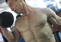70歲老大爺,身材秒殺大多數年輕人,中國健身界里程碑似的人物!