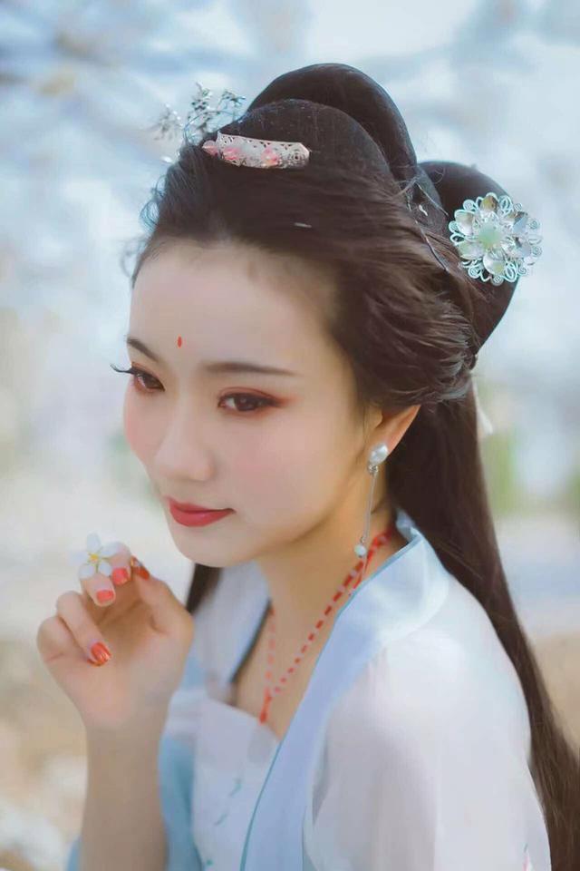 古風攝影:漢服 三月櫻桃花
