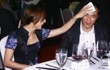 胡靜夫婦參加酒會活動,胡靜對丈夫細心照顧,羨煞旁人