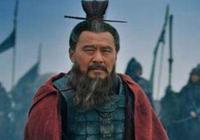 赤壁之戰龐統獻連環計,曹操謀士為何無一人識破,此人是最大內奸