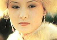 《紅樓夢》裡王熙鳳是被姑母王夫人放棄的棋子?