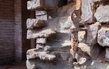 探祕山西一座古宅院 精美的木雕石雕被盜走 還有不認識的符號和字