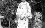 末代皇后婉容罕見照片:確實非常漂亮,圖8吸食鴉片後滿臉憂鬱