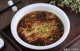 紅湯麵,一個人也可以吃碗好吃的面