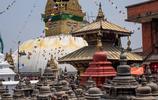 尼泊爾首都實拍:幾百上千年的文物毫無保護措施,可以隨意觸摸