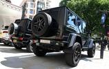 美女車主消費165萬買的奔馳G級,改裝後網友評論:經典就這麼沒了