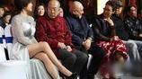 潘虹與劉曉慶同框,兩人僅差一歲 網友:劉奶奶很拼呢