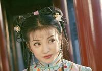 趙薇除了演過小燕子,其實還演過《康熙微服私訪記》裡的她,太美