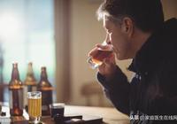 """喝酒會送命?4種人不能喝酒,多喝一口,都可能會""""出事"""""""