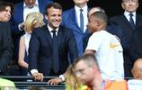 姆巴佩現身女足世界盃決賽,和馬克龍看臺上談笑風生